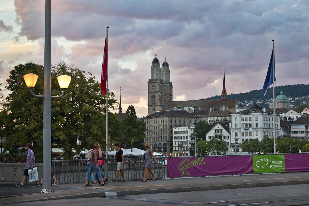 Sonnenuntergang Zürich Quaibrücke