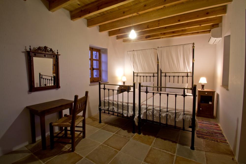 Eveleos Country House Tochni Zypern Interieur Schlafzimmer