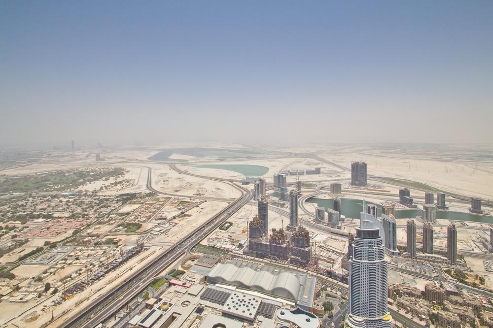 Dubai Metro über Sheikh Zayed Road