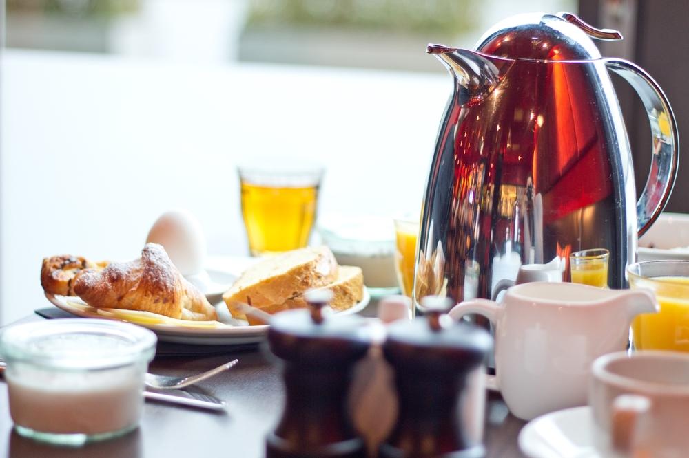 Frühstück Adina Apartment Hotel
