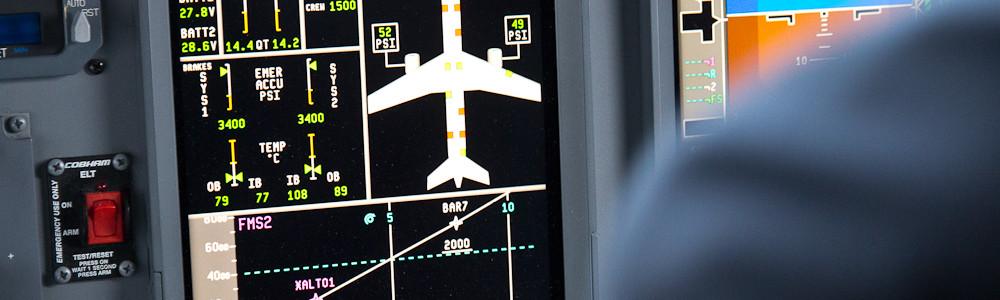 Cockpit Flightdeck Embraer 195 Air Dolomiti Bari