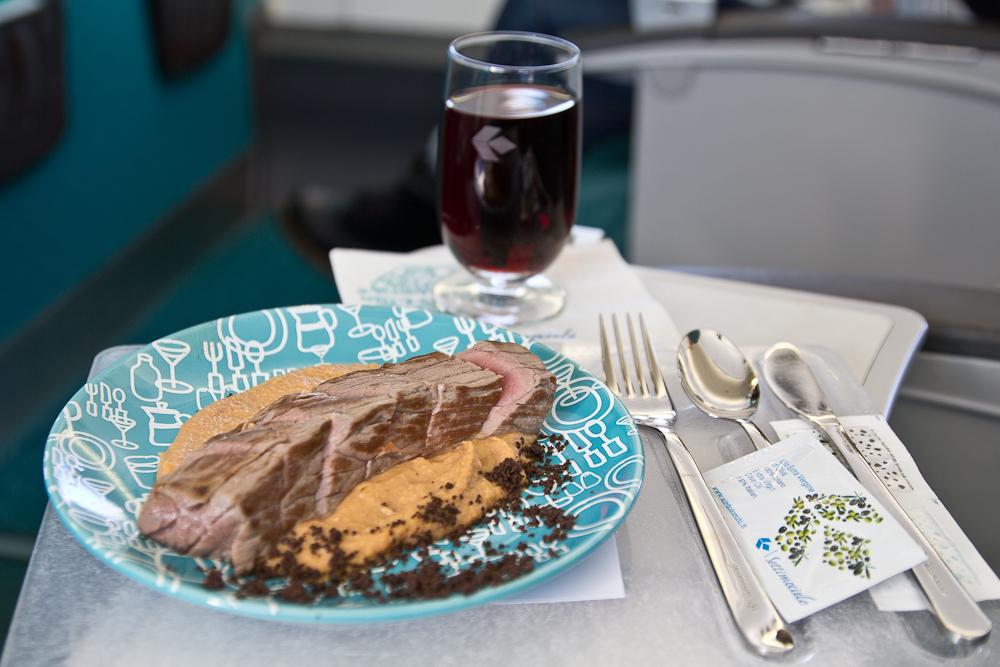 Catering Business Class Air Dolomiti Munich