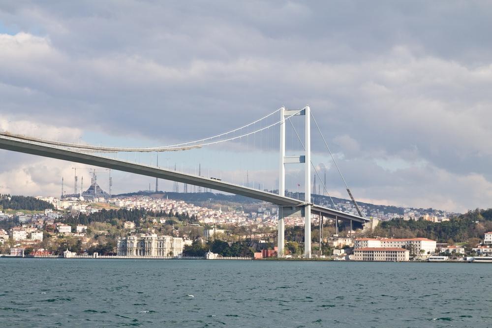 Bosporus-Brücke Istanbul Autobahn Selbstmörder