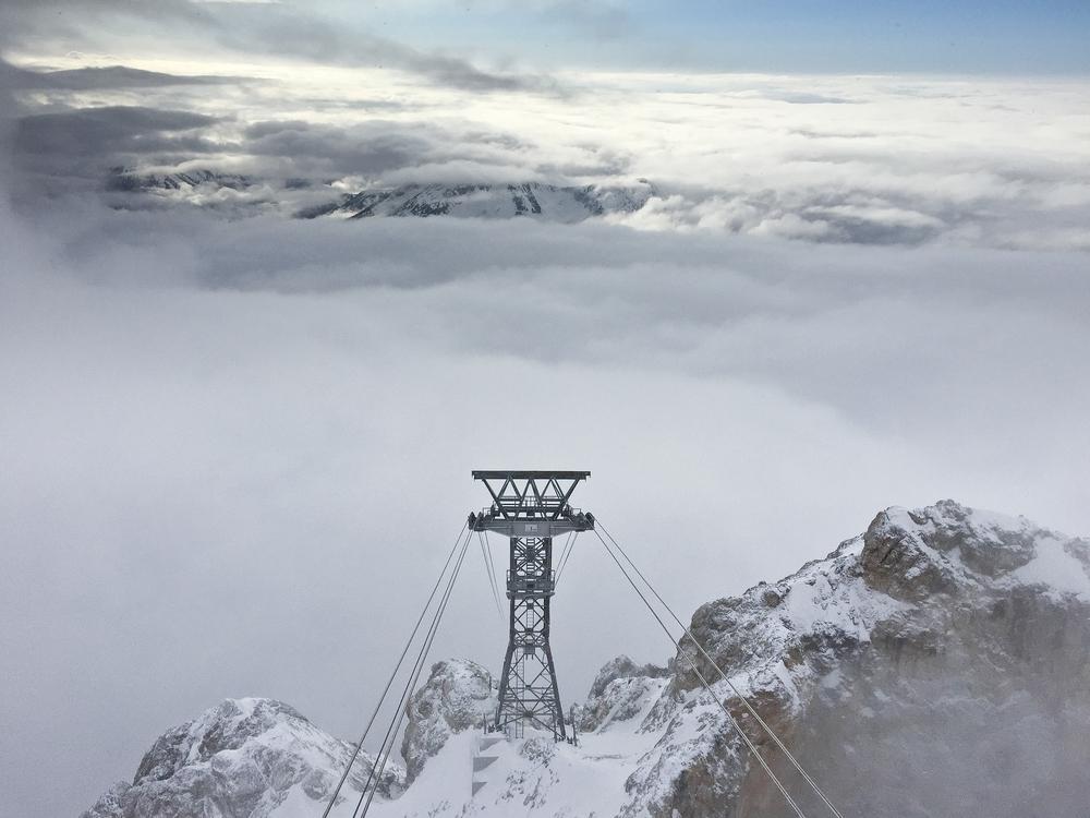 Zugspitze Tiroler Zugspitzbahn Stütze Bergstation