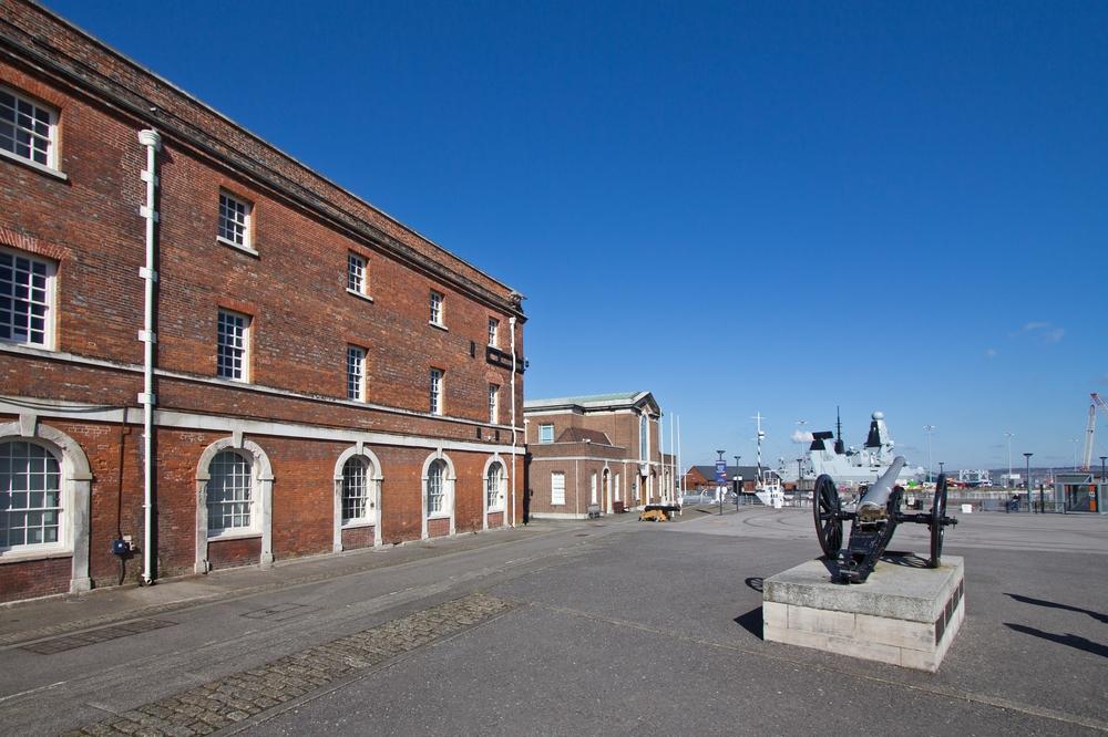 Portsmouth Historic Dockyard Eingang