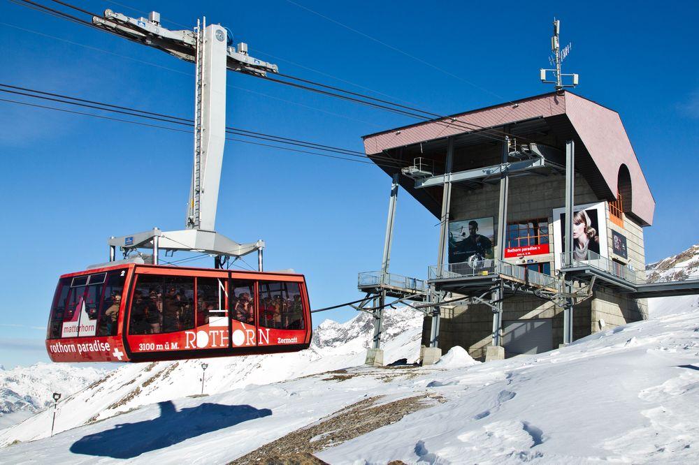 Rothorn Bahn Gondel Wallis Schweiz