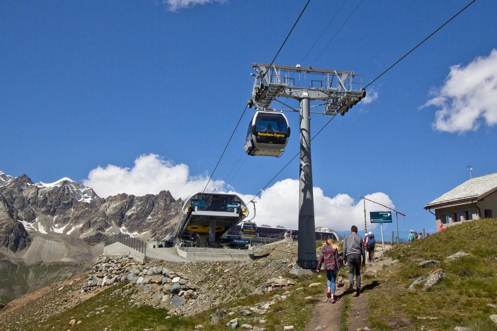 Matterhorn Seilbahn Breithorn