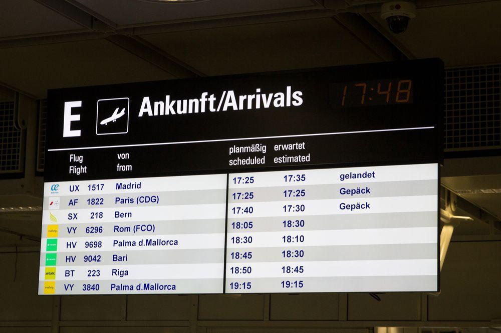 Ankunftstafel Flughafen München Bern SkyWork