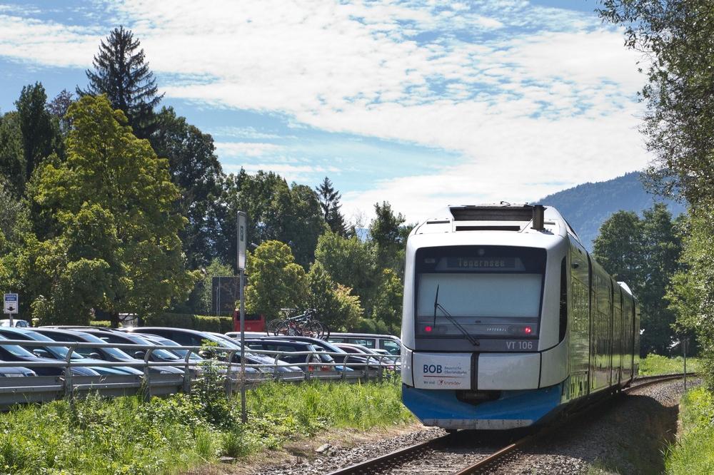 Bayrische Oberlandbahn BOB Schaftlach Tegernsee bei Gmund