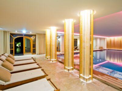 Pool Wellness Hotel Tegernsee Wochenende Bachmair Weissach
