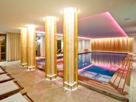 Relax Spa Wellness Tegernsee Pool