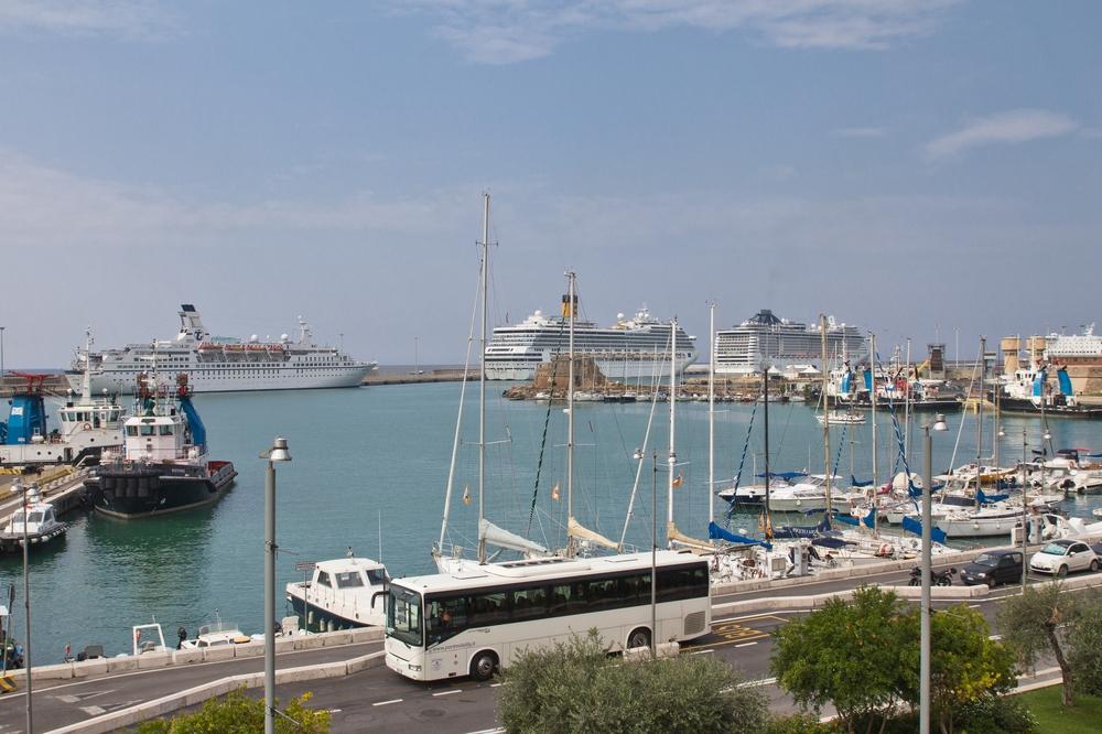 Hafen Civitavecchia Rom Kreuzfahrt