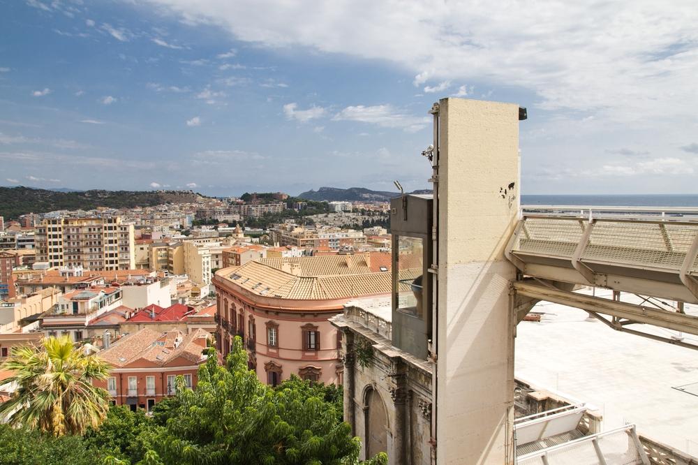 Cagliari Cagliari Bastione San Remy Aufzug Elevator