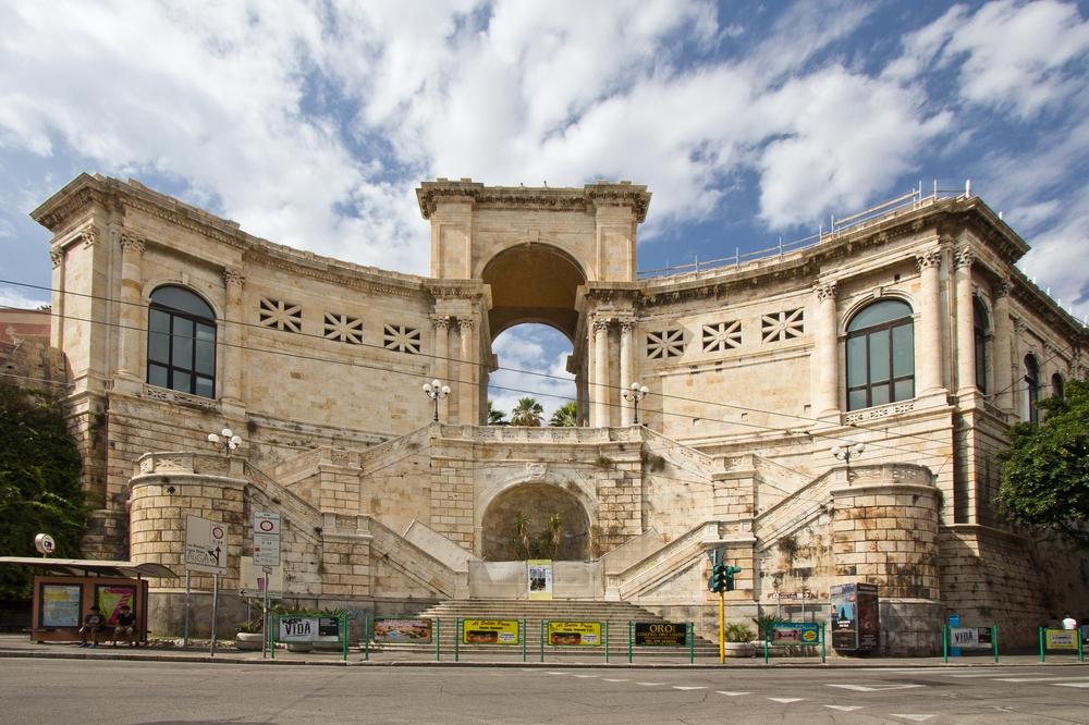 Cagliari Bastione San Remy Tor Bogen