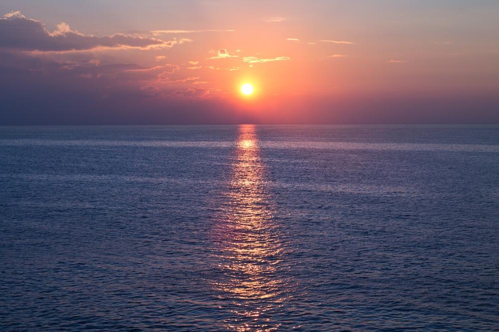 Sonnenaufgang MS Astor