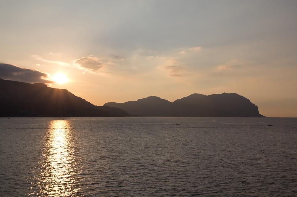 Auslaufen Palermo Sonnenuntergang