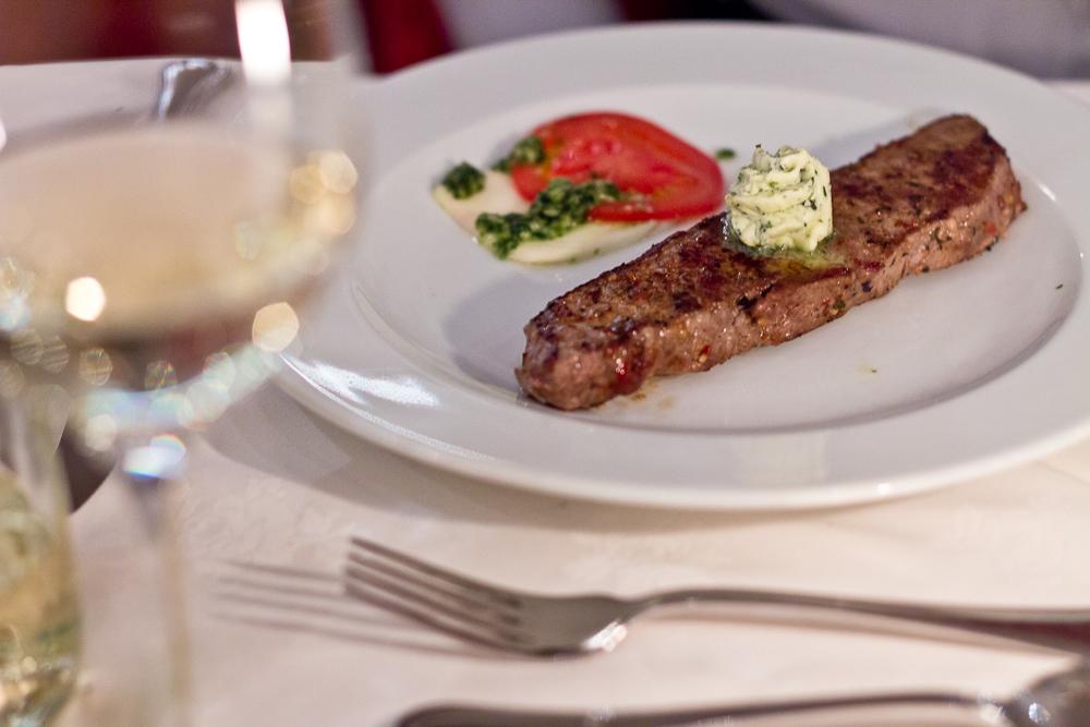 Genussdinner Abendessen Wellness Urlaub Hotel Almesberger