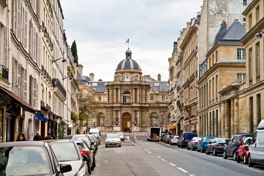 Paris Senat Tour Travel