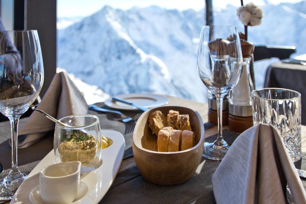 IceQ Restaurant James Bond 007 Gourmetrestaurant Gaislachkogel