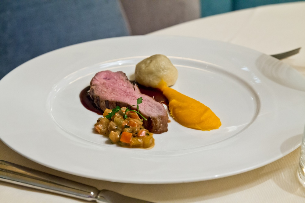 Speisekarte Menü Buffet Interalpen-Hotel Tyrol