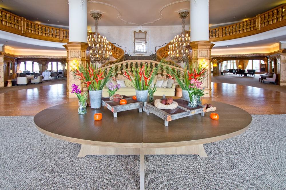 Lobby Interalpen-Hotel Tyrol