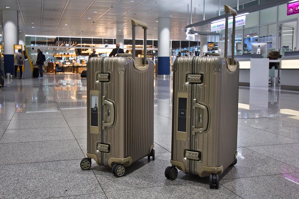 Rimowa Topas Titanium Multiwheel 73 New Generation Electronic-Tag