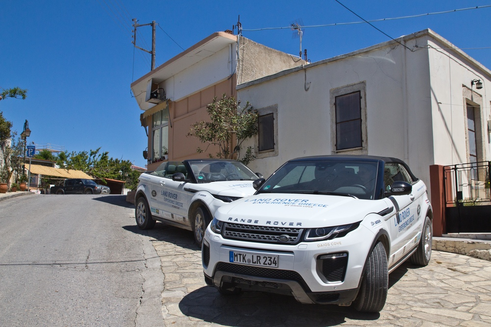 Pause Mittagessen Kreta Land Rover Experience Greece by Daios Cove