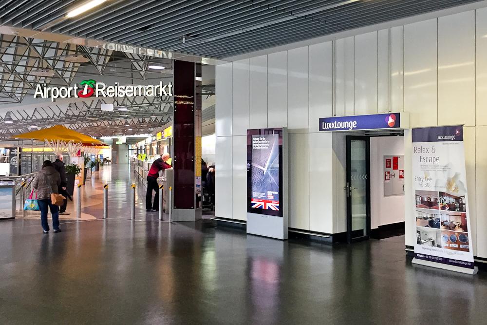 Eingang LuxxLounge Flughafen Frankfurt am Main Lounge FRA